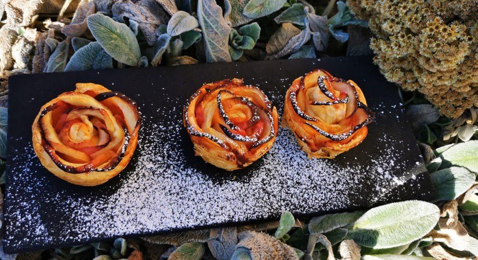Alma-rózsa süti